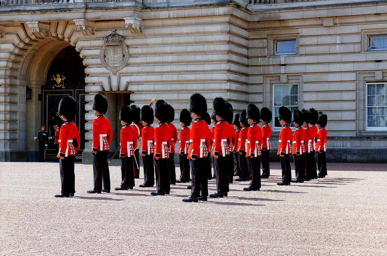 Buckingham Palace - Change of Guards