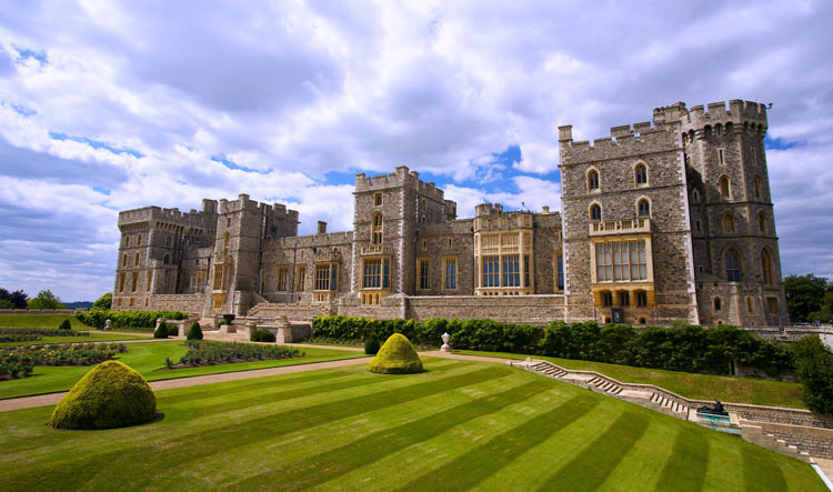View of the Castle and its gardens - Windsor Castle